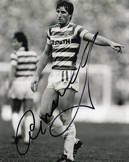 Alan McInally, Glasgow Celtic & Scotland, signed 10x8 inch photo.