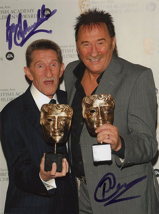 Chuckle Brothers, ChuckleVision, signed 8x6 inch photo.