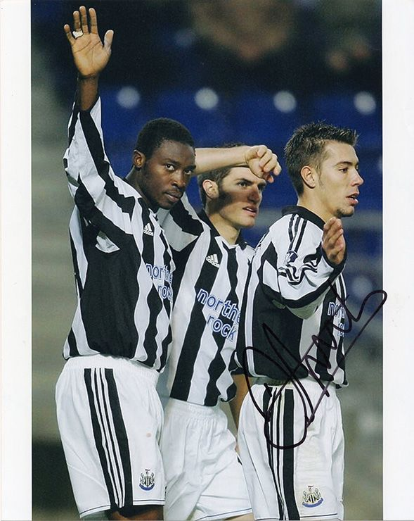 Darren Ambrose, Newcastle Utd, signed 10x8 inch photo.