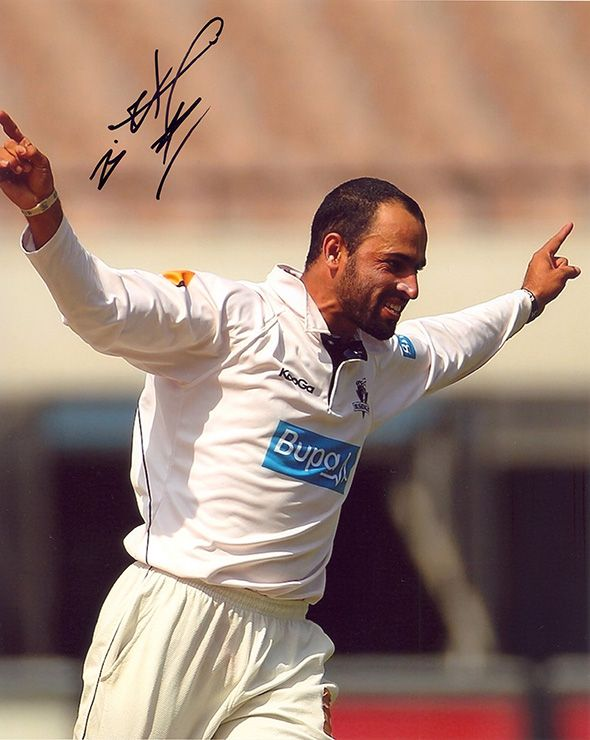 Fawad Ahmed, Australia, signed 10x8 inch photo.