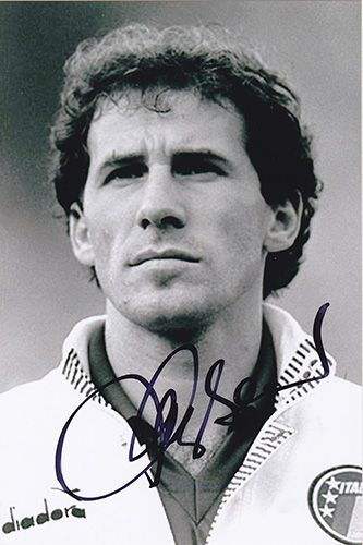Franco Baresi, AC Milan &  Italy, signed 6x4 inch photo.