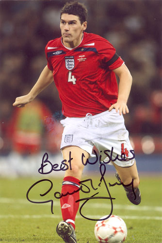 Gareth Barry, England, signed 6x4 inch photo.(2)