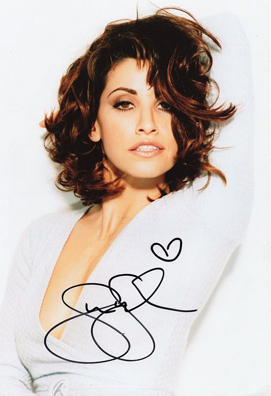 Gina Gershon, American actress, signed 12x8 inch photo.