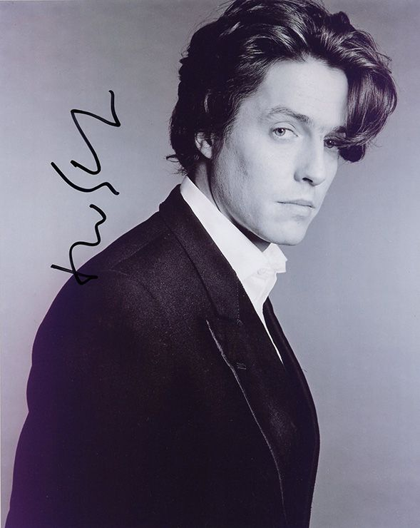 Hugh Grant, English actor, signed 10x8 inch photo.