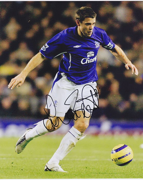 James Beattie, Everton, England, signed 10x8 inch photo.