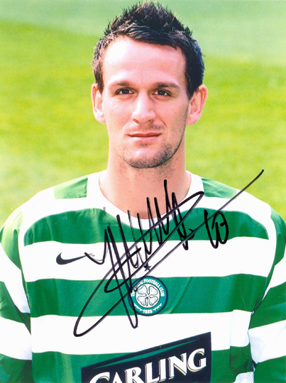 Jan Vennegoor of Hesselink, Glasgow Celtic, signed 8x6 inch photo.
