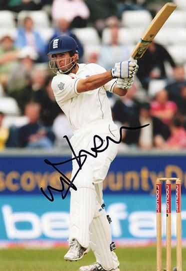 Michael Vaughan, Yorkshire & England, signed 12x8 inch photo.