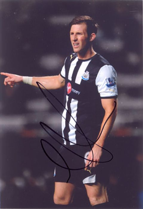 Mike Williamson, Newcastle Utd, signed 6x4 inch photo.(2)