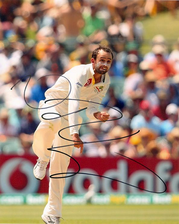 Nathan Lyon, Australia, signed 10x8 inch photo.