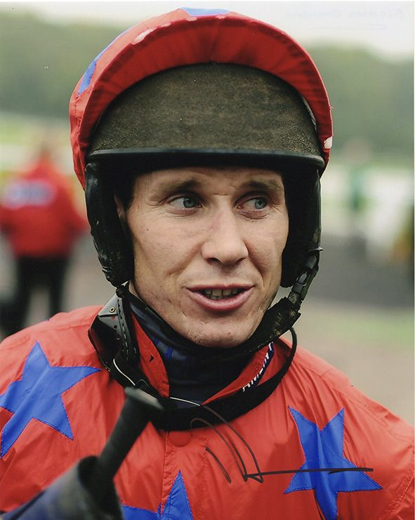 Richard Johnson, National Hunt jockey, signed 10x8 inch photo.