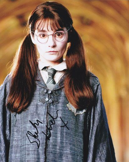 Shirley Henderson, Harry Potter, signed 10x8 inch photo.